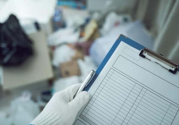 ゴミ屋敷に対する条例とは?具体的内容と最終手段「行政代執行」について